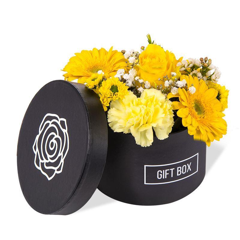 Geel bloementaartje